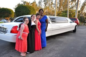 girls with limo